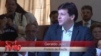 Geraldo Julio discursa em homenagem a Eduardo Campos