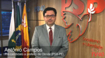 Antônio Campos lança candidatura à prefeitura de Olinda